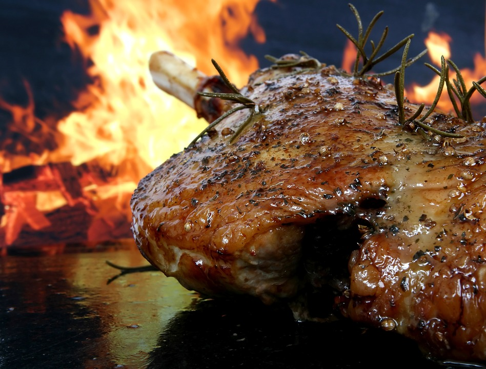 A Complete Guide to an Amazing Spit Roast Catering Event in Melbourne